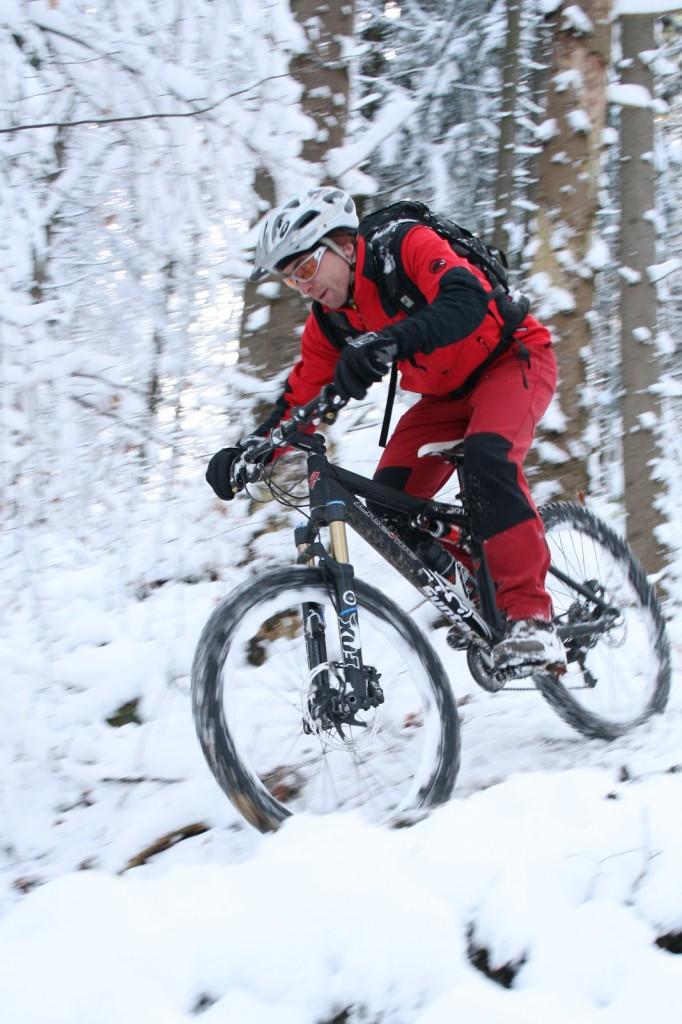 Mountainbiken beginnt dort wo der Kiesweg endet...